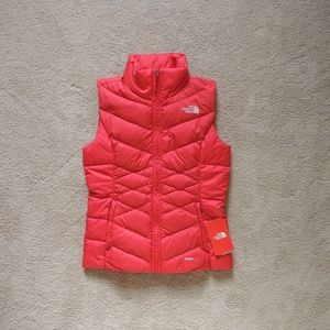NWT The North Face Alpz Red Down Vest